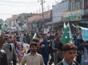 Pakistan: Spremni smo vratiti pilota da ublažimo napetosti s Indijom