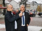 Predsjednik Vlade HNŽ-a posjetio OŠ Marka Marulića Prozor