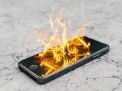 Izgorio stan zbog zapaljenog mobitela na punjaču