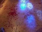 """Sedmero ljudi izbodeno u kafiću u Slatini: """"Ušao je s 2 noža i krenuo bosti"""""""