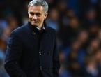 Valencia nudi Mourinhu 15 milijuna funti godišnje?