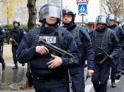 Policija ubila napadača koji je hladnim oružjem napao dvije osobe