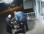 VIDEO: Policajci pretukli mladića u Mostaru