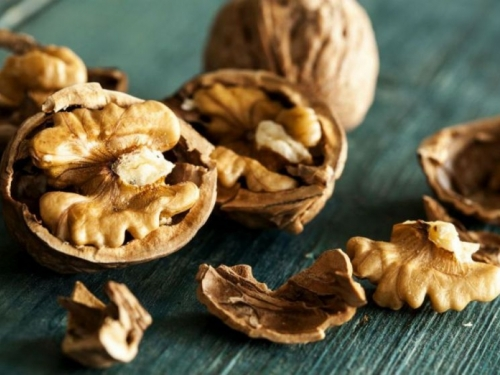 10 namirnica koje čiste jetru i ubrzavaju sagorijevanje kalorija