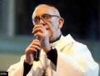 "Papa Franjo najavio borbu protiv lažnih vijesti: ""Mediji ne smiju naginjati koprofiliji"""