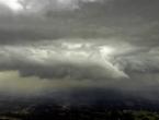 U BiH pretežno oblačno i nestabilno vrijeme s pljuskovima i grmljavinom