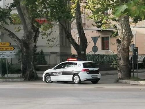 Tučnjava u Mostaru: Jedan ozlijeđen, jedan uhićen, ostali se razbježali