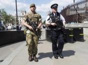 Tri osobe ubijene u napadu nožem u Engleskoj
