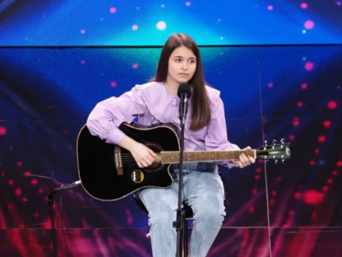 Lucija Šarčević anđeoskim glasom rasplakala žiri