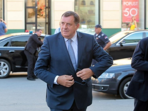 Dodik: Iza prosvjeda o cijenama goriva stoji politika