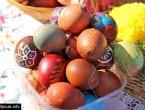 Obojite uskrsna jaja začinima, voćem i povrćem