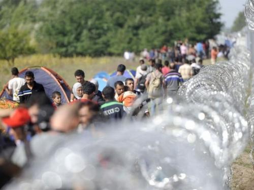 """Odluka EP-a je """"sitničava osveta"""" promigrantskih političara"""