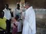 Fra Pere u Africi gradi župnu crkvu - pomozimo mu!