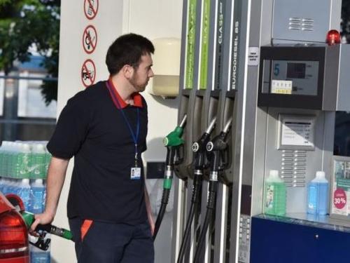 Od sutra niže cijene goriva na benzinskim crpkama