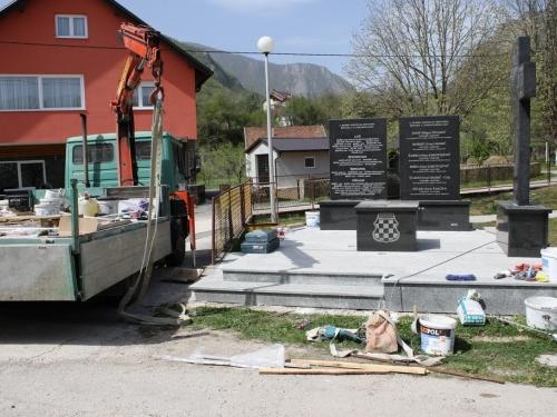 Izgradnja spomenika na Lugu privodi se kraju, uskoro otvaranje