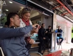 VIDEO: Ovako izgleda kad Cristiano Ronaldo usred dana izađe u kafić