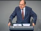 Schmidt: Dolazim u BiH brinuti jednako za sve, samo opušteno