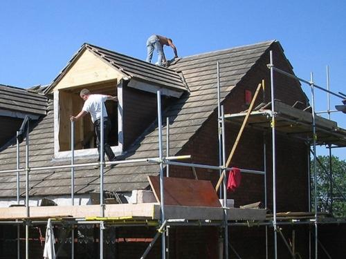 Tomislavgrad: Radnik pao s krova kuće