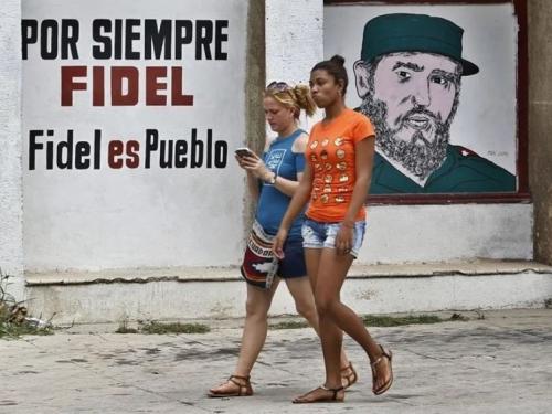Twitter blokirao račune Raula Castra i kubanskih državnih medija