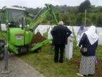 U Potočarima počela reekshumacija za 65 već ukopanih srebreničkih žrtava