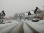 U većem dijelu zemlje promet otežan zbog snijega