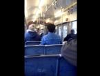Žene se potukle u tramvaju zbog vjere, putnici navijali