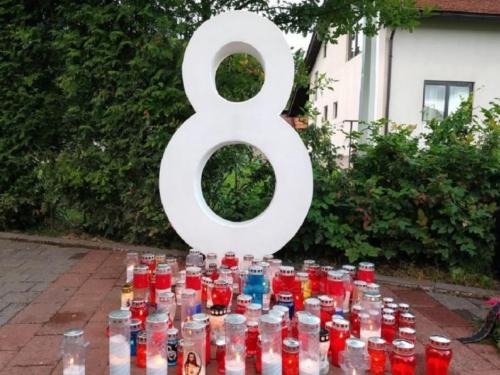 Hrvatski političari odali počast ubijenoj djeci Viteza