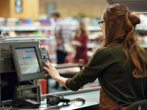 Na blagajni vam prebrzo skeniraju namirnice i ne stignete ih spremiti u vrećice?