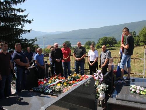 FOTO: Obilježena 25. obljetnica pogibije Šimuna Fofića Fofe