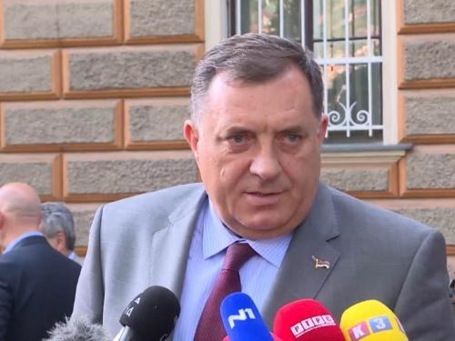 Dodik: BiH jeste u krizi, možda i u fazi raspadanja, ali mir nije ugrožen