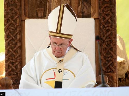 Zatvorenici ručak s Papom Franjom iskoristili za bijeg