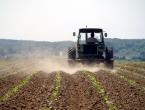 Dužni im milijune: Poljoprivrednici će preorati ceste!
