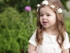 Trogodišnja djevojčica opjevala Isusovu muku!