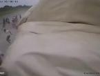 VIDEO: Olujni vjetar u par sekundi samljeo cijeli šator