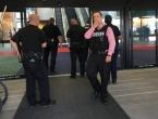 SAD: Policajac izboden na aerodromu, evakuirani svi putnici