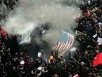 """Tisuće na ulicama Teherana viču: """"Smrt Americi"""""""
