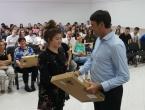 Grad Imotski darovao 130 laptopa maturantima