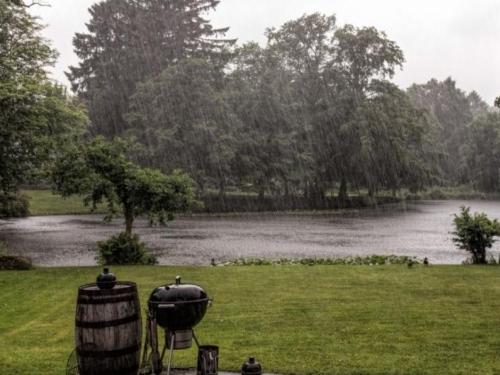 Oblačan i kišan dan, temperature do 25 stupnjeva