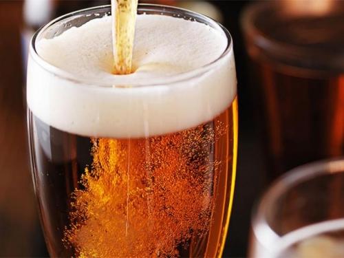 Australac platio 68.000 dolara za bocu piva u Britaniji