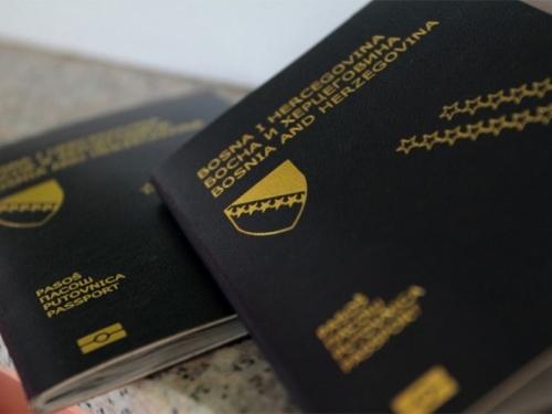 Prelazak iz Hrvatske u BiH moguć samo s putovnicom BiH!
