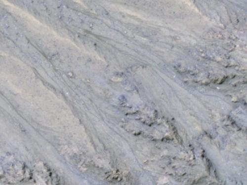 Voda ili samo pijesak? NASA-i glavobolju zadaju tamne linije na Marsu