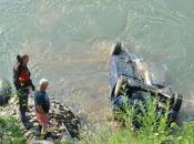 Bizaran slučaj u BiH: Nije povukao ručnu, pa mu vozilo završilo na dnu rijeke