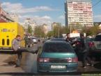 Video: Mafijaši u crnom Audiju napali vozače Lade pa ih ljudi dobro prebili