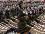 Elitne snajperistice čuvaju Kim Jong-una