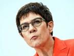 Nasljednica Angele Merkel daje ostavku, neće se kandidirati za kancelarku