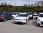 Bahati vozač razljutio Splićane pa mu ostavili iznenađenje na autu
