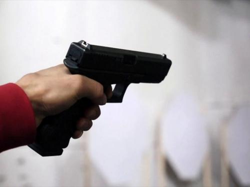 Posušje: S dva promila u krvi pucao na brata pa se zabarikadirao u kuću