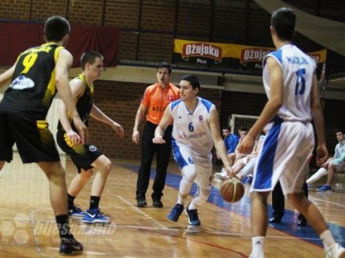 Migranti opljačkali košarkaše Čapljine