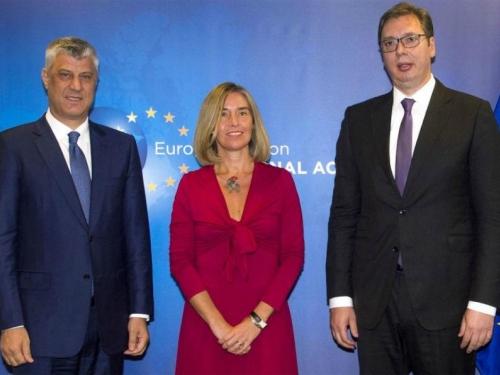 Vučić neizravno priznao da Srbija nema suverenitet na Kosovu