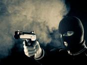 Split: Muškarac propucan u glavu pa izbačen iz automobila